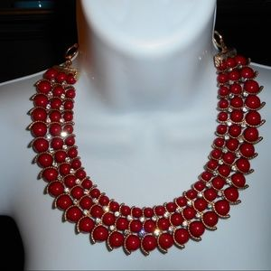 NEW Amrita Singh red collar necklace